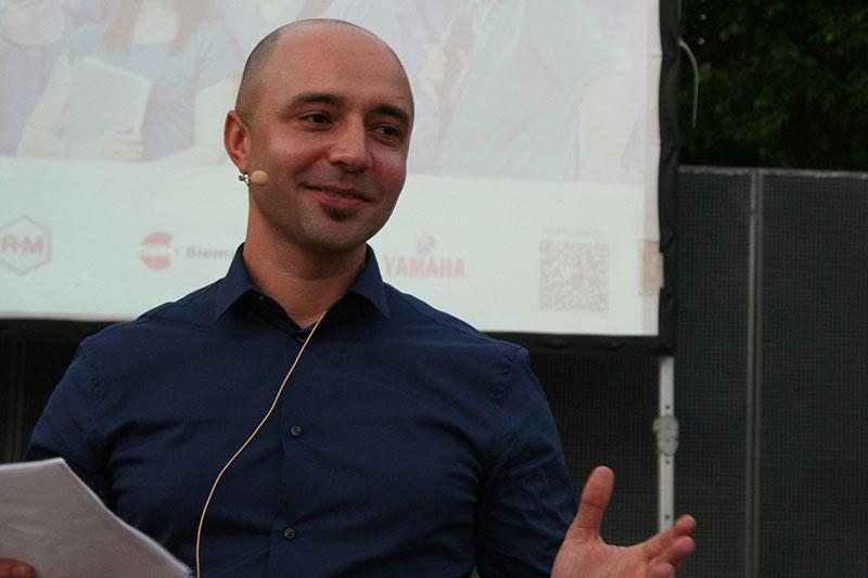 Der E-Mobility Stammtisch fand am 22.11.2016 in der Pyramide Vösendorf in Wien statt.