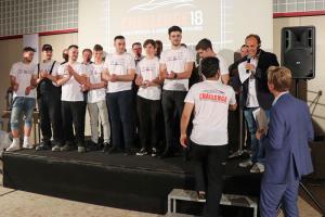 Moderiert wurde die Siegerehrung von Ö3 Sportchef Adi Niederkorn.
